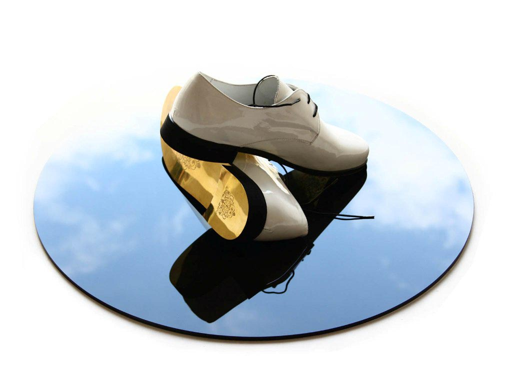 Golden shoes for golden routes
