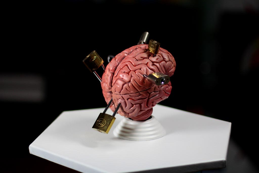Brain Locked / Sculpture, 2014