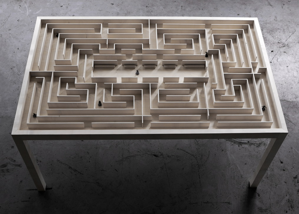 BenjaminNordsmark - Labyrinth Table