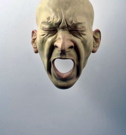 Bogdan Rața - Scream, polyester, synthetic resin, metal, paint, 2008, 57x46x34 cm, courtesy of Slag Gallery / Photocredit: Andrei Jecza