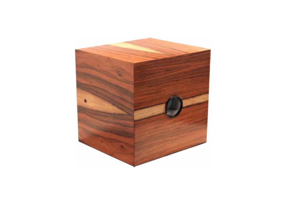 Monica Piloni - 16B, Jacaranda box