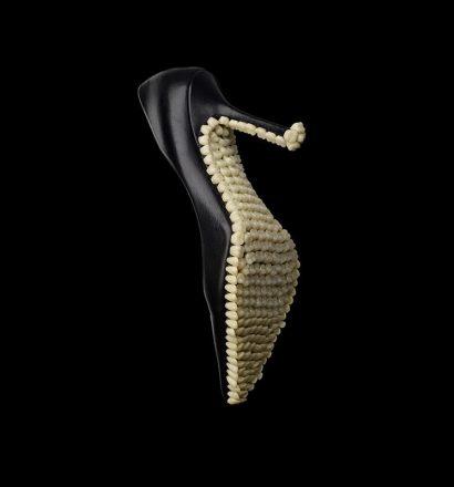 Fantich & Young - Apex Predator - Darwinian Voodoo - Alpha Empire, sculpture, 2014
