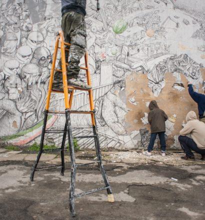 BLU erasing his murals in Bologna